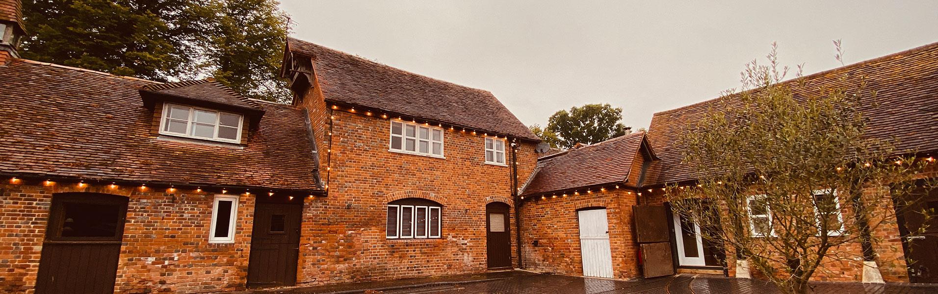 Herons-Farm-Festoon-Lights-for-Hire-West-Berkshire