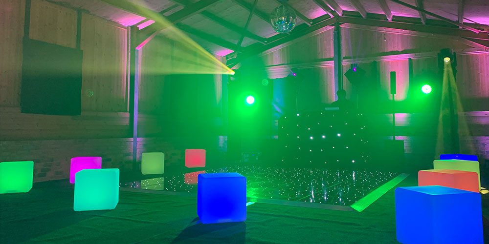 LED-Light-Up-Cubes-for-Hire